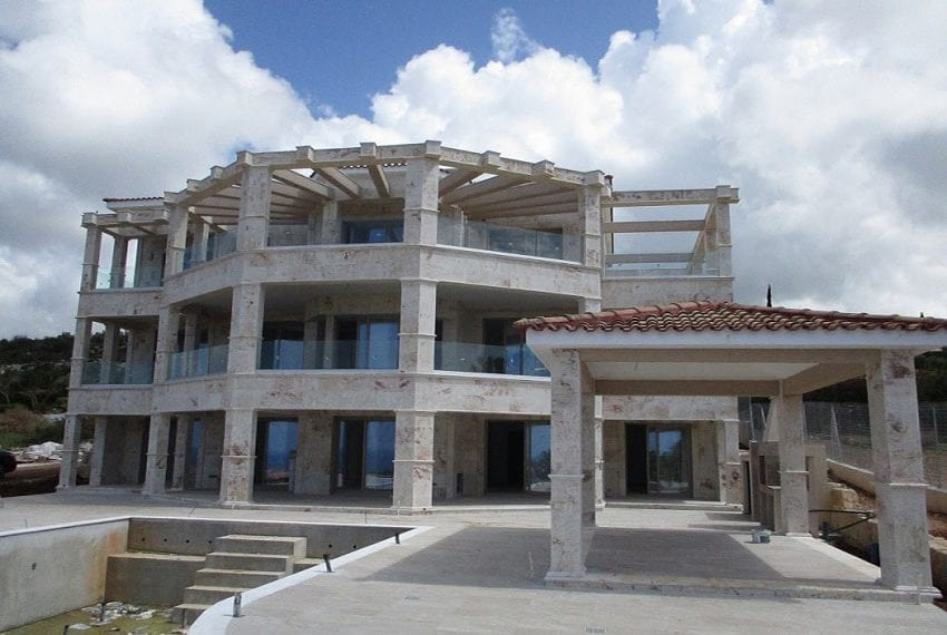 Luxury 7 Bedroom Villa for sale in Paphos Sea Caves01