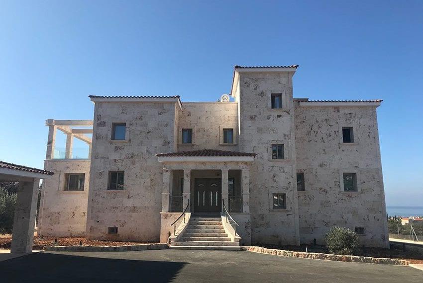 Luxury 7 Bedroom Villa for sale in Paphos Sea Caves02