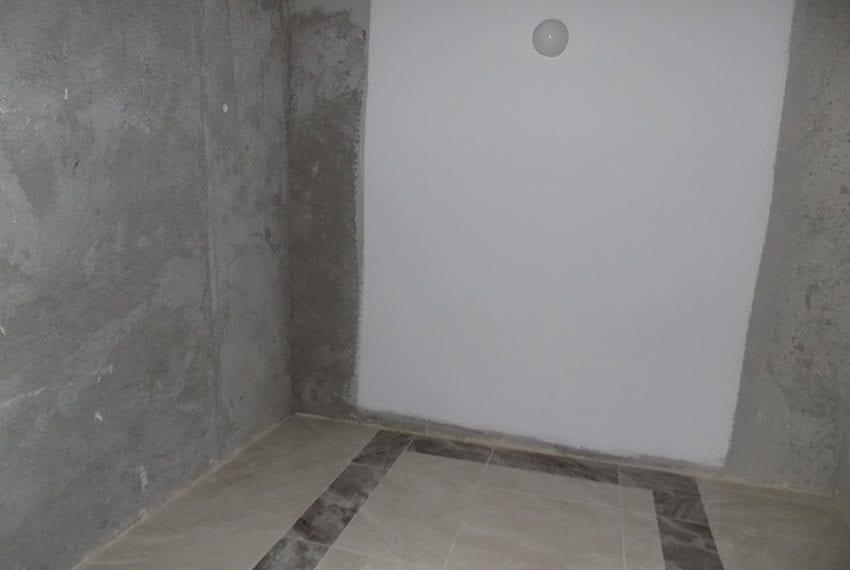 second-floor-master-bedroom-walk-in-wardrobe