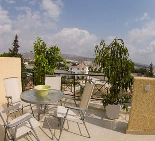 Lovely 2 Bedroom Apartment for sale in Peyia
