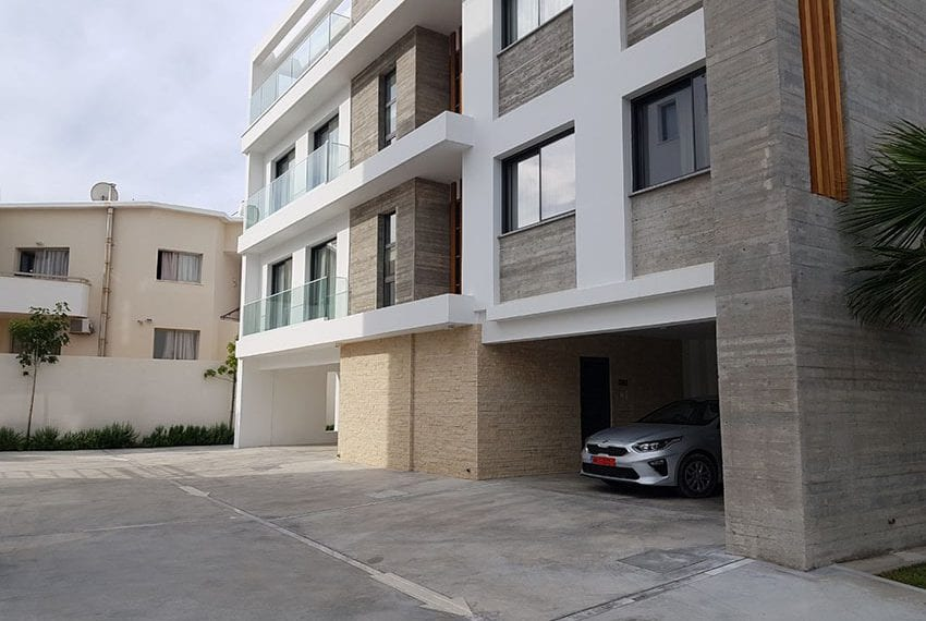 Luxury townhouse for sale near Pafos mall