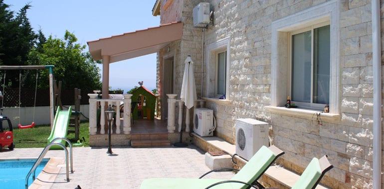 Luxury 4 Bedroom Villa for Sale in Peyia, St George