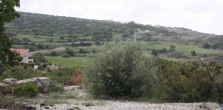 Villa for sale in Paphos With Deeds, in Tala Village