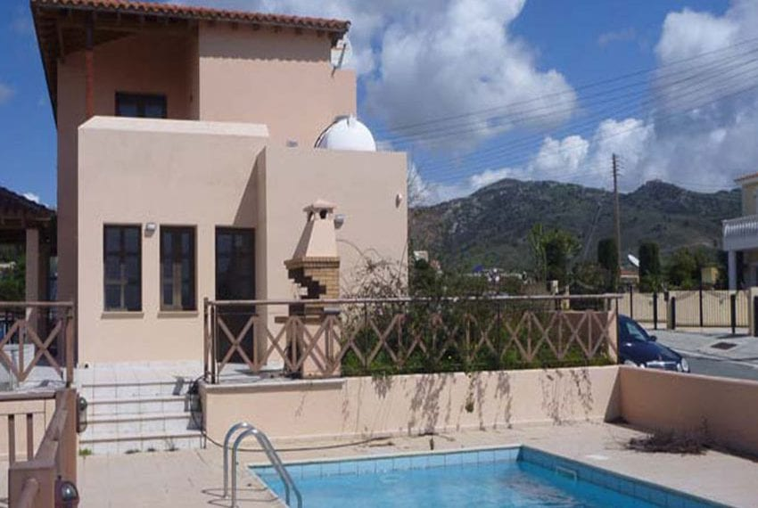 Open Air 3 Bedroom Villa for Sale in Peyia