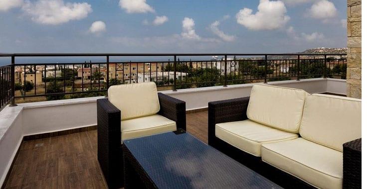 Luxury 3 Bedroom Villa for Sale in Peyia