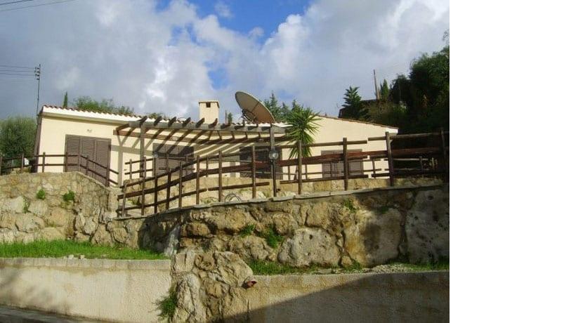 Bungalow For Sale In Paphos, Kamares Village