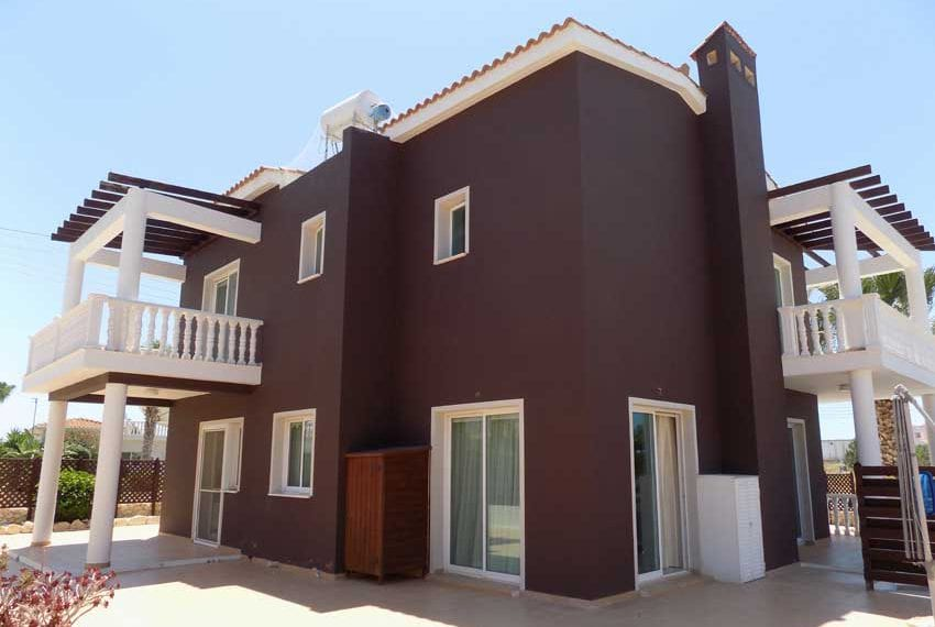Secluded 3 BedroomVilla for Sale in Peyia