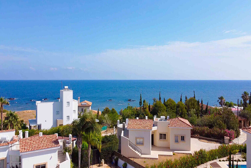 Lush bungalow for sale in Paphos, The Pomos Sunset_15