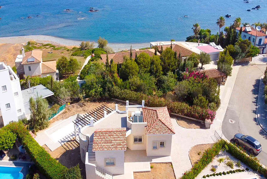 Lush bungalow for sale in Paphos, The Pomos Sunset_16