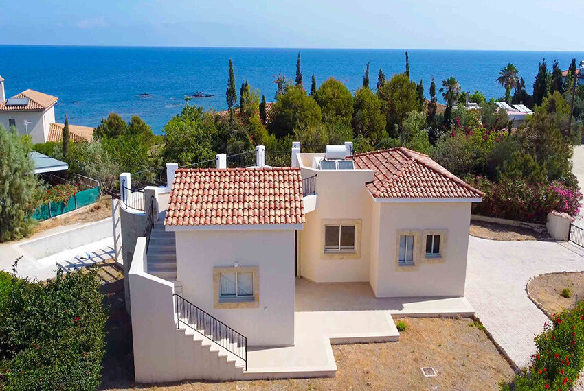 Lush bungalow for sale in Paphos, The Pomos Sunset_19