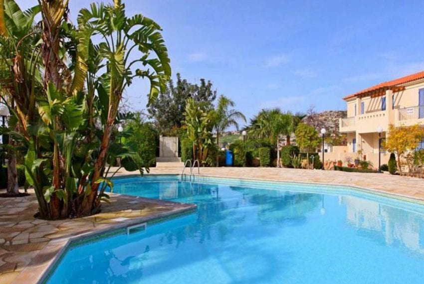 Poolside Townhouse for sale in Peyia