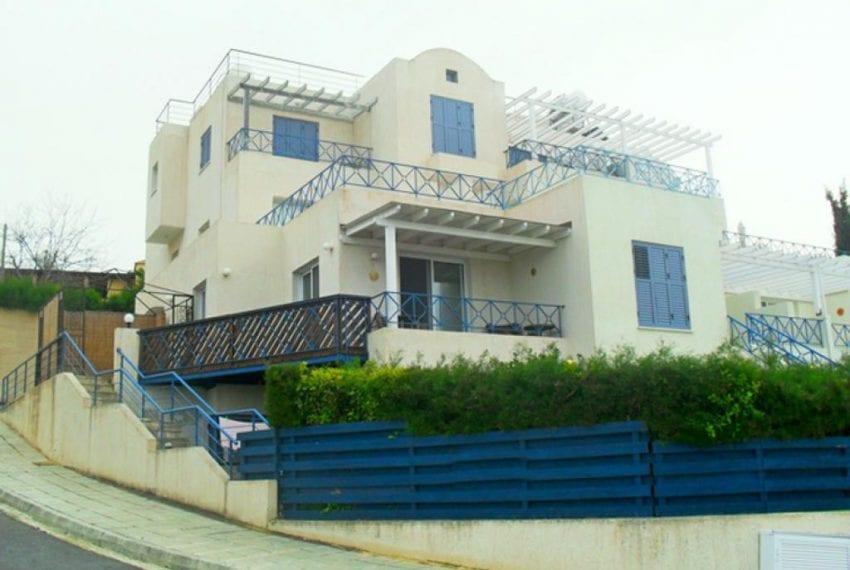 Townhouse For Sale in Paphos, Kissonerga Village
