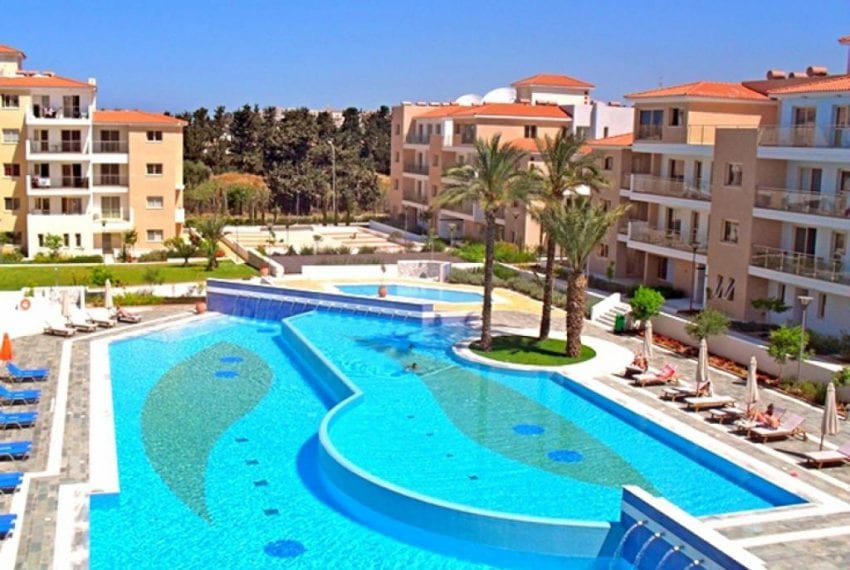 PA-Apartment For Sale in Paphos Resort Community