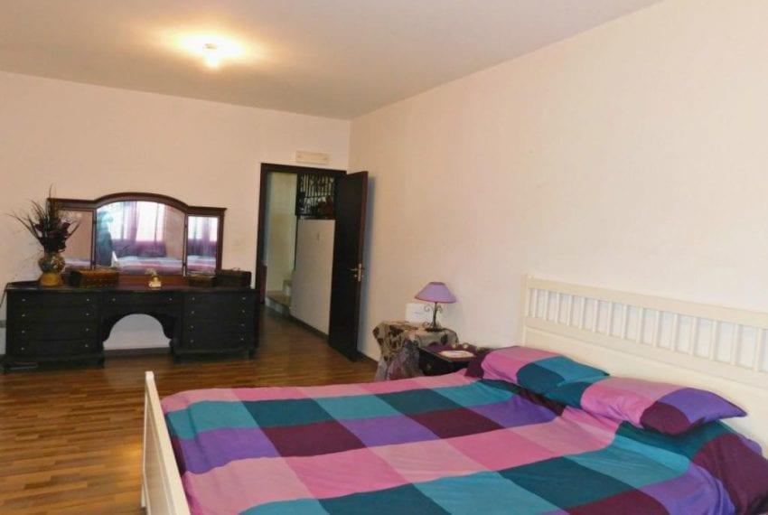 6 Bedroom Villa for sale in Neo Chorio