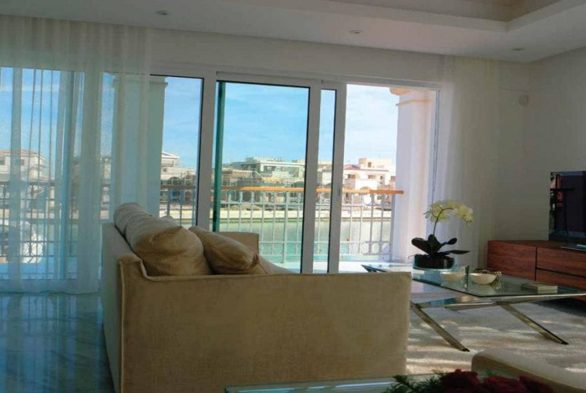 4 Bedroom Villa For Sale in the Limassol Marina