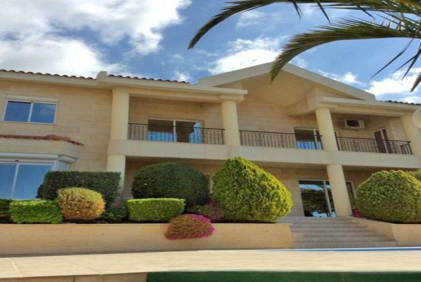 Luxury 3 Bedroom Villa for sale in Limassol's Hillside