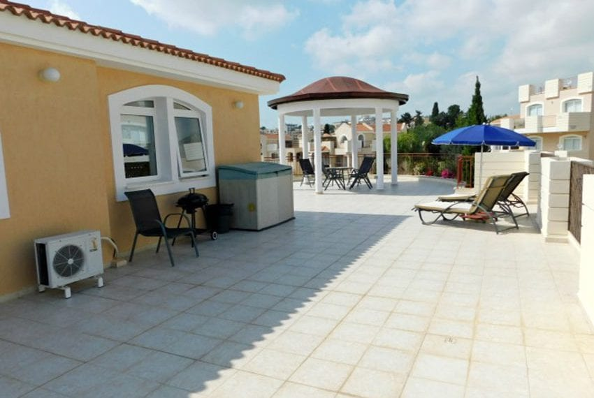 Grand Penthouse Apartment For Sale in Paphos