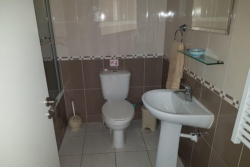 spacious garden apartment for sale in Anarita10