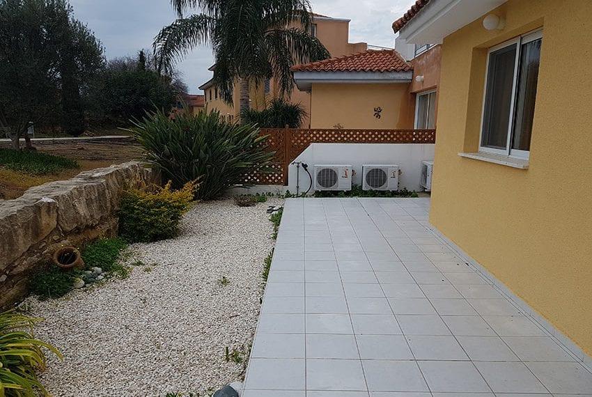 spacious garden apartment for sale in Anarita17