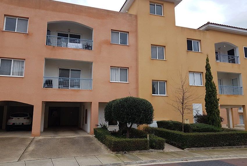 spacious garden apartment for sale in Anarita18
