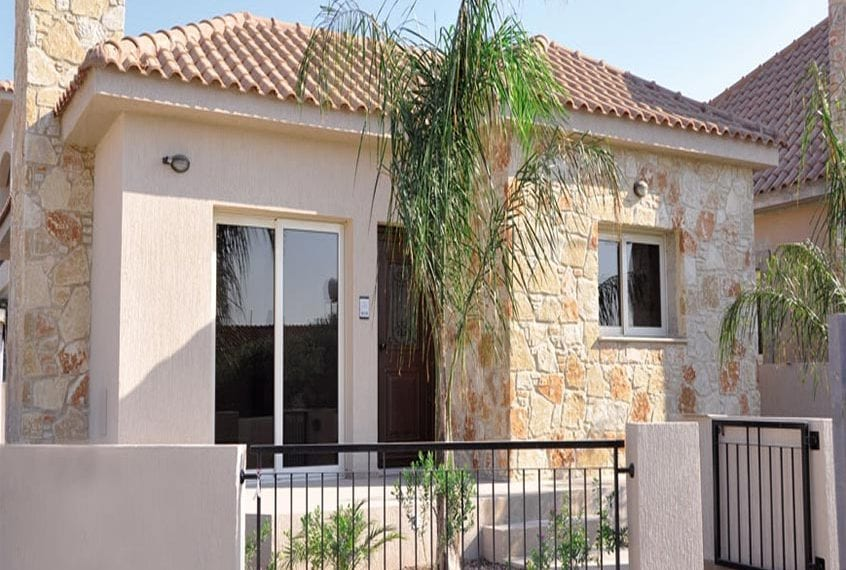 Scenic 3 Bedroom Maisonettes for sale in Limassol