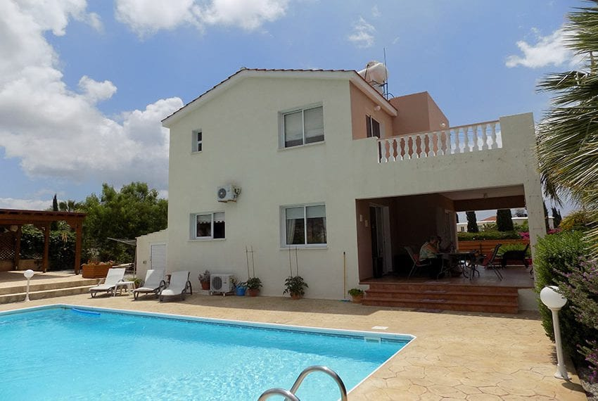 For Sale Villa With Pool In Cyprus, Peyia