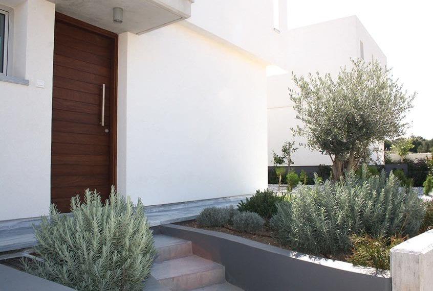 Modern 3 Bedroom villa for sale in Paphos' Konia Park