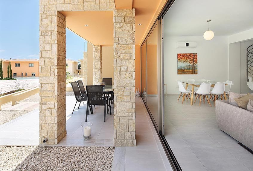 Modern 3 Bedroom Apartment for sale in Paphos' Oasis Park