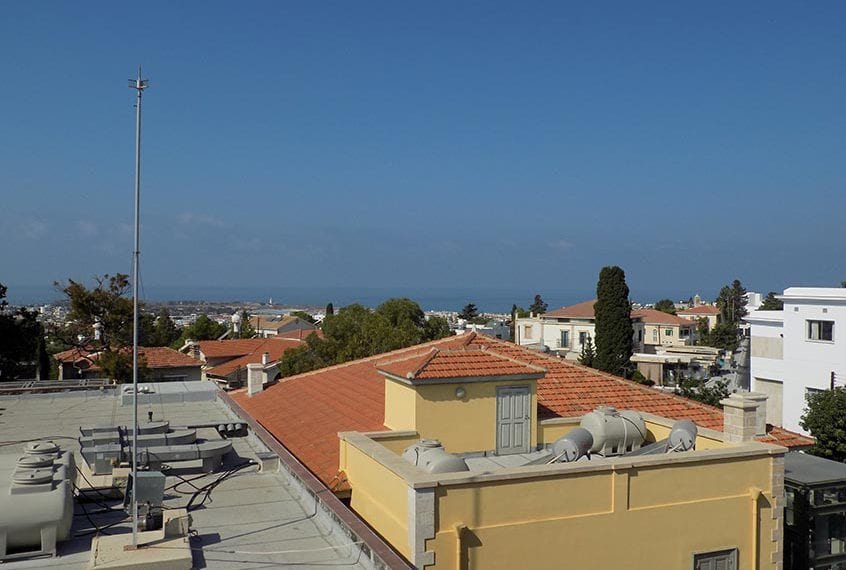 contemporary-3-bedroom-apartment-for-sale-in-paphos