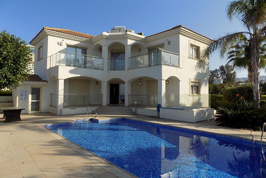 Luxury villa on kissonerga coast line