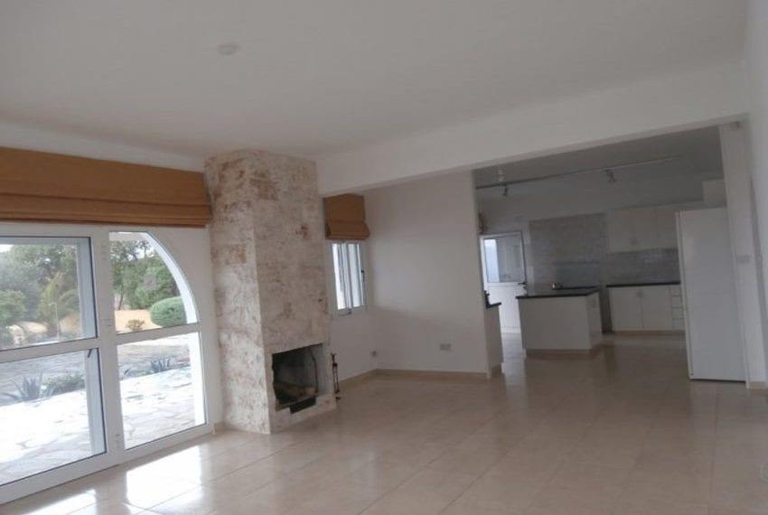 spacious 6 bedroom villa for sale in akoursos paphos04