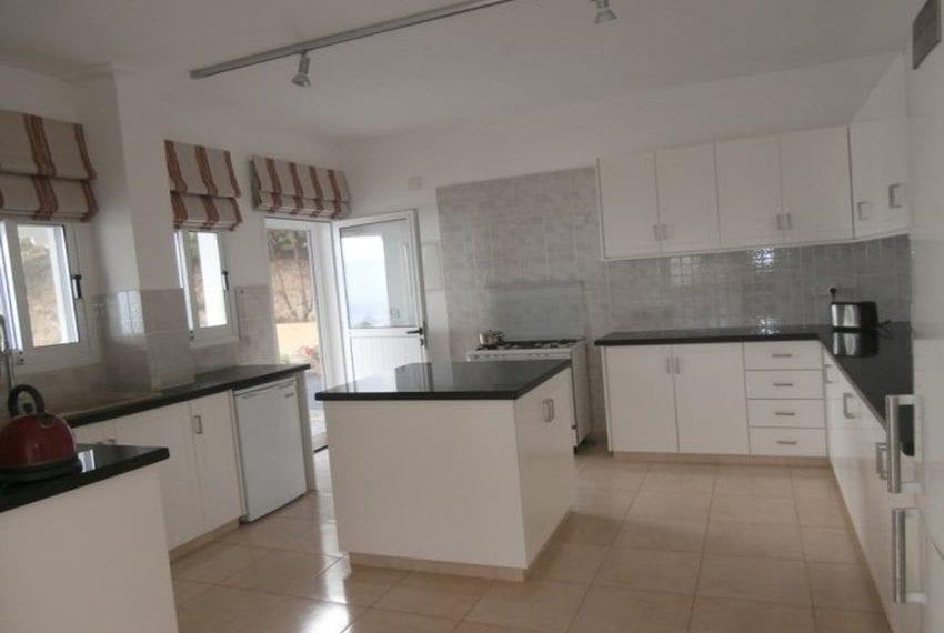spacious 6 bedroom villa for sale in akoursos paphos05