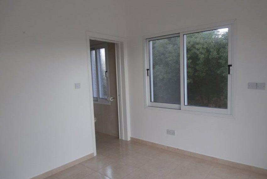 spacious 6 bedroom villa for sale in akoursos paphos08
