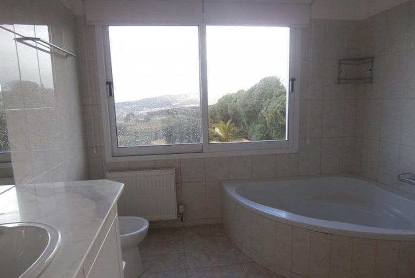 spacious 6 bedroom villa for sale in akoursos paphos14