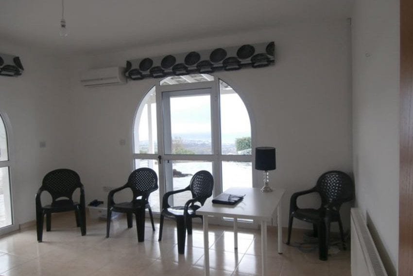 spacious 6 bedroom villa for sale in akoursos paphos16