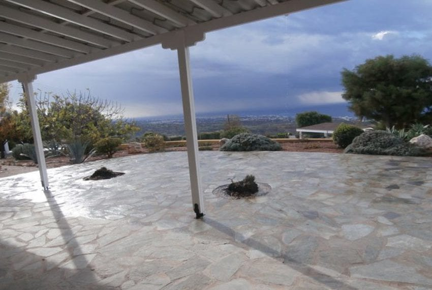 spacious 6 bedroom villa for sale in akoursos paphos18