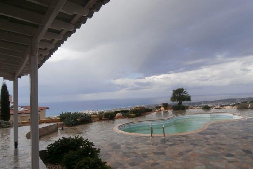 spacious 6 bedroom villa for sale in akoursos paphos19
