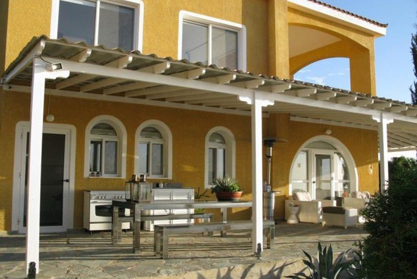 spacious 6 bedroom villa for sale in akoursos paphos28