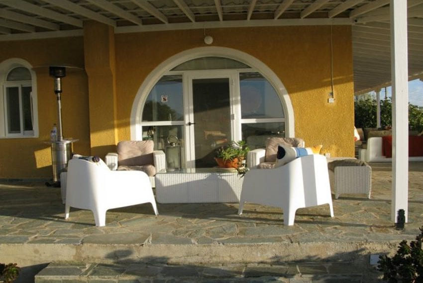 spacious 6 bedroom villa for sale in akoursos paphos30