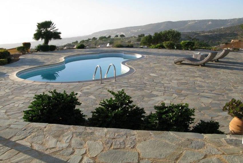 spacious 6 bedroom villa for sale in akoursos paphos33