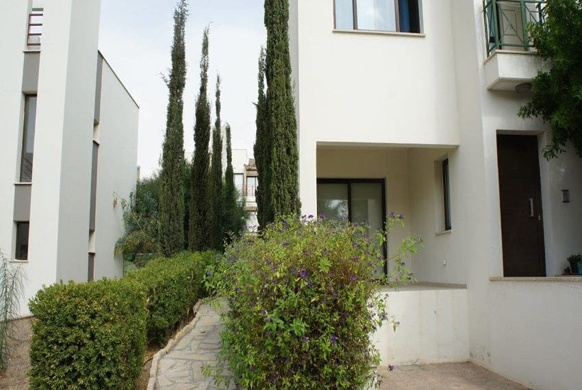 For sale 3 bedroom semi detached townhouse Mouttagiaka, Limassol