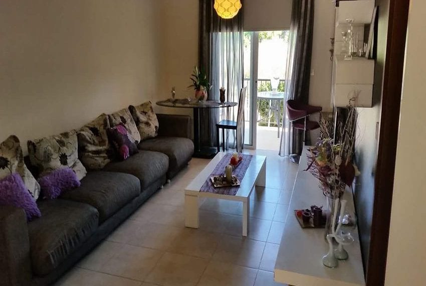 2 bedroom ground floor apartment for sale in argaka07