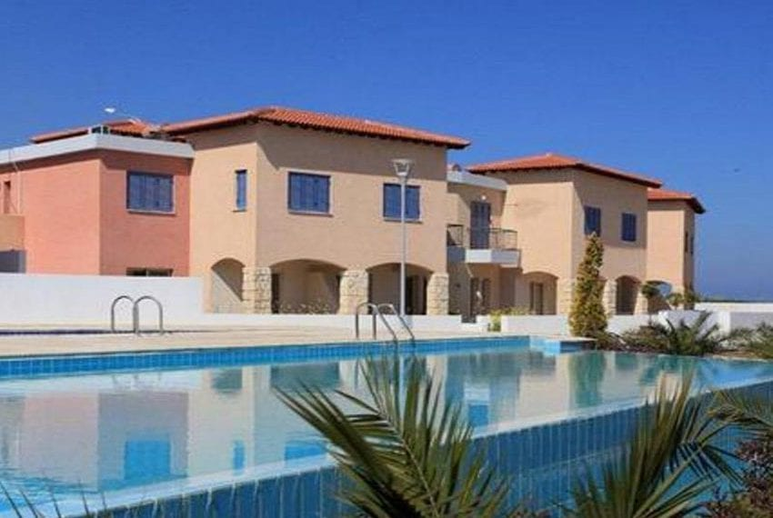 Spacious 2 bedroom townhouse for sale in Polis