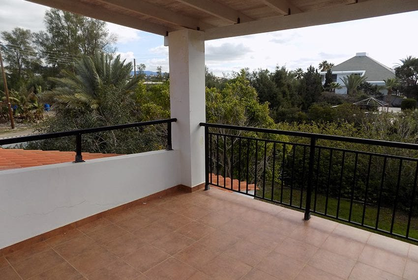 Beach front villa for sale in Sea Caves, Paphos18