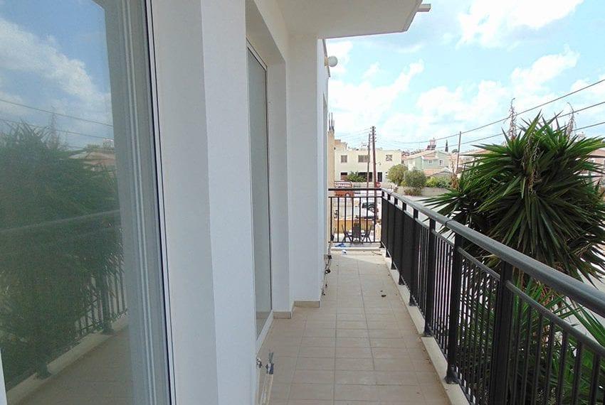 2 bedroom flat for sale in Chloraka, Paphos