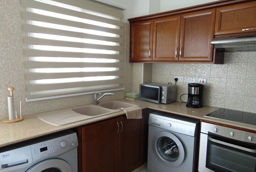 for sale 2 bedroom apartment in konia paphos01