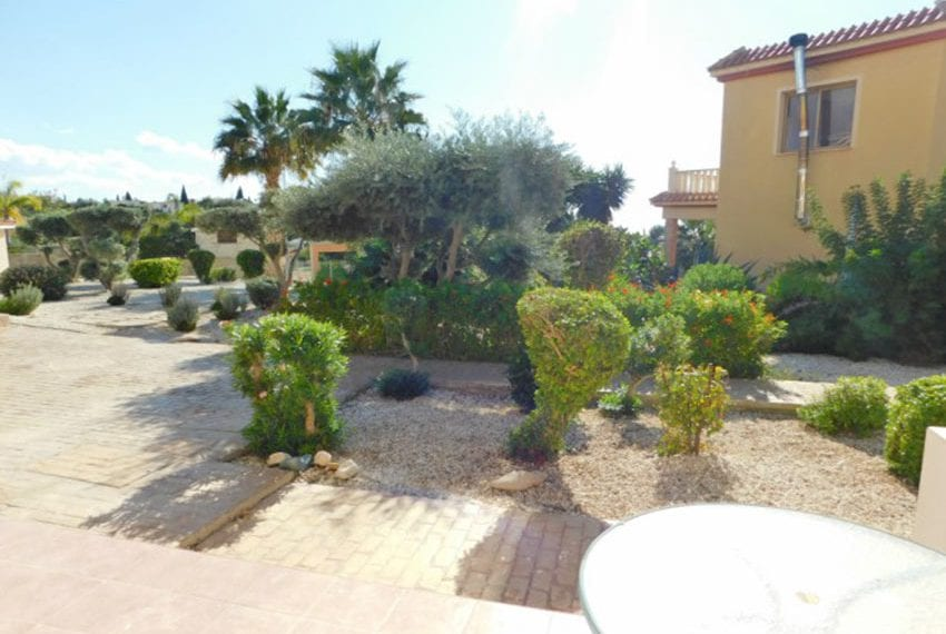 For sale 1 bedroom apartment with sea views Peyia