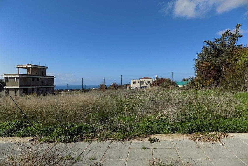Large plot of land for sale in Tala village, Paphos