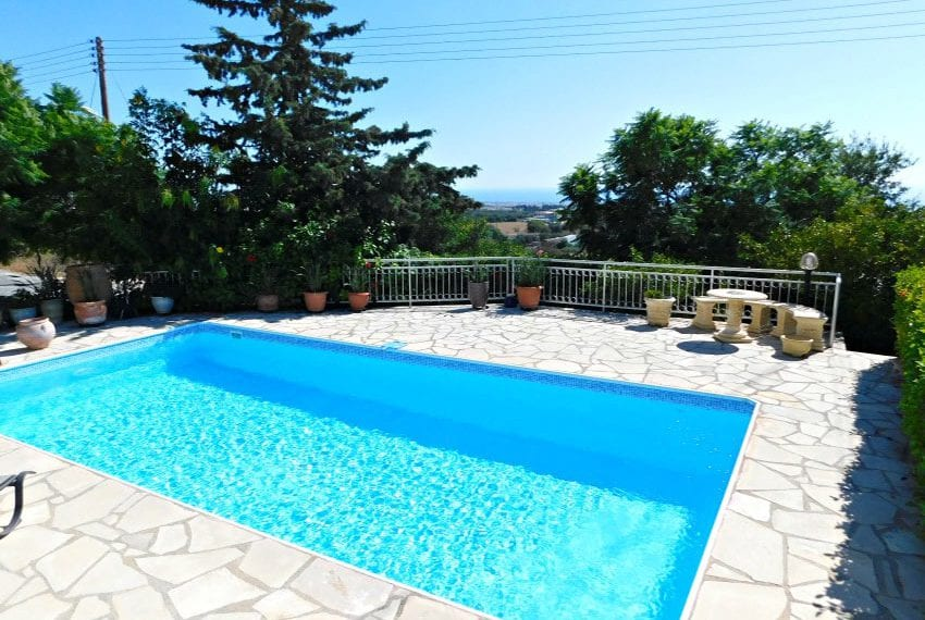 3 bed villa for sale with private pool in Tremithousa, Paphos
