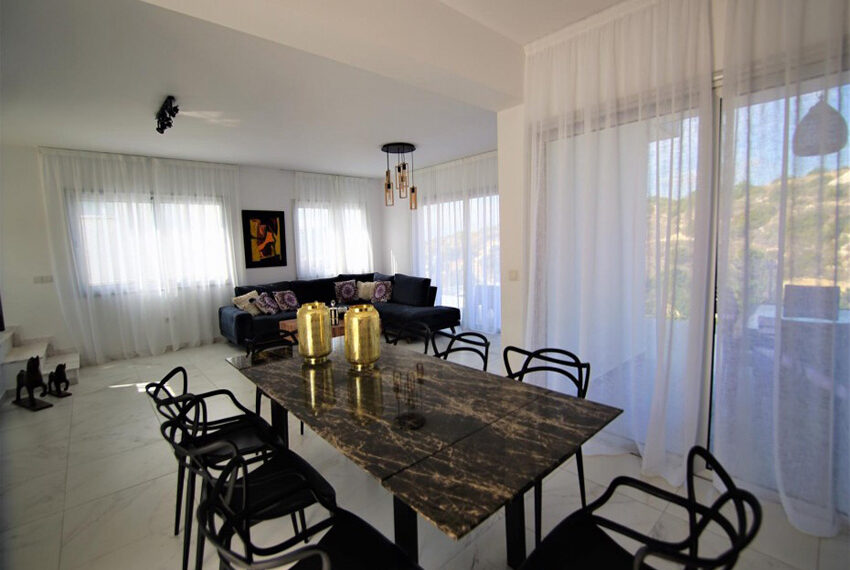 luxury villas for sale in tala cyprus_2
